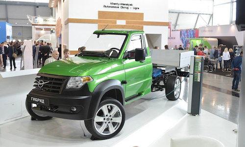 Прототип гибридного УАЗа представят следующим летом