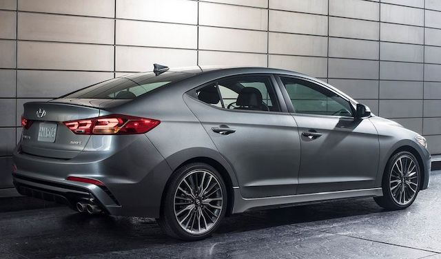 """Заряженный"" Hyundai Elantra Sport представят на выставке SEMA"