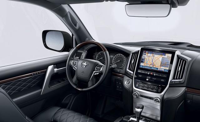 Toyota представила новую комплектацию Land Cruiser 200 для России