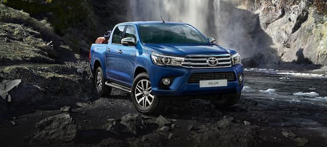 В России подорожал пикап Toyota Hilux