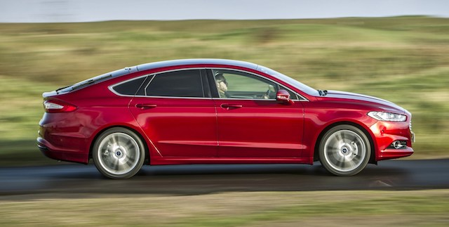 Форд отзывает 297 седанов Mondeo вРФ из-за сложностей стормозами— Росстандарт