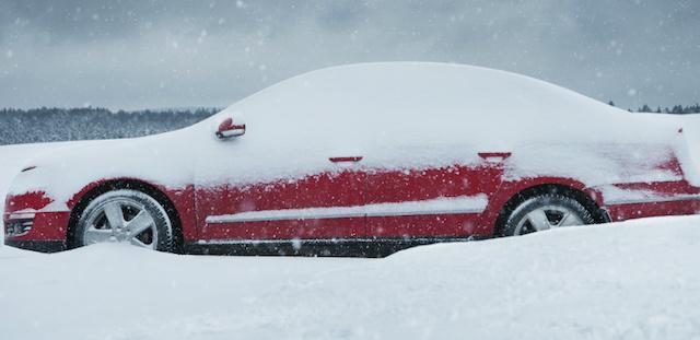 Выбраться из снежной колеи просто! Советы водителям от Daily-Motor