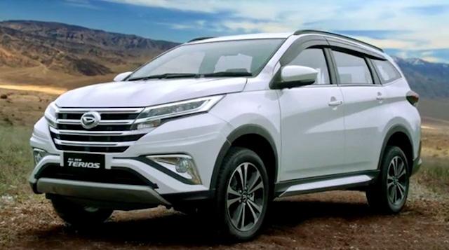 Состоялась презентация новых кроссоверов Daihatsu Terrios и Toyota Rush