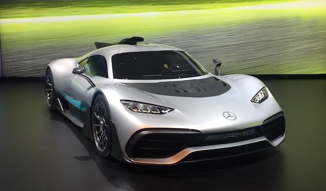 Самые быстрые автомобили в мире, представленные на автовыставке Дубае