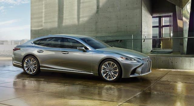 Lexus показал новый седан LS для России