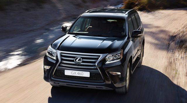 Специальные декабрьские предложения для покупателей автомобилей Lexus