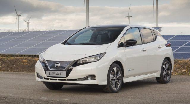 Обновлённый Nissan Leaf «встал» на конвейер