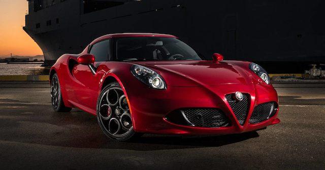 Обновленный спорткар Alfa Romeo 4C представят в 2018 году