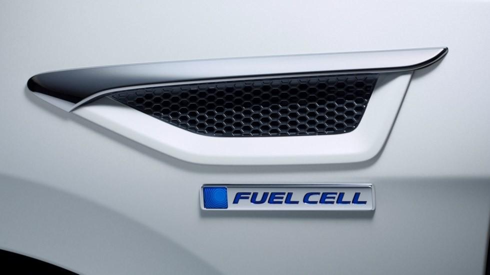 Toyota, Honda и Nissan будут строить совместные заправки