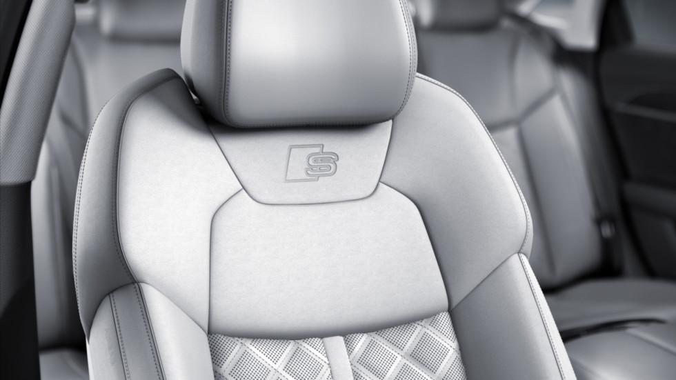 Пакет апгрейдов получил Audi A8