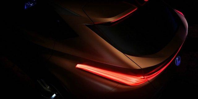 Опубликован первый тизер нового кроссовера Lexus LF-1