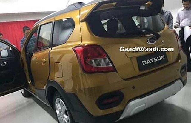 Автомобильные шпионы рассекретили внешность первого джипа Datsun еще допремьеры