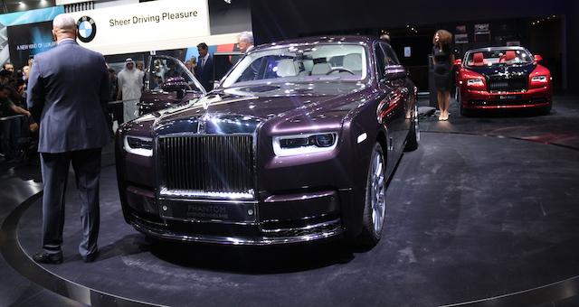 Первый экземпляр нового Rolls-Royce Phantom продадут ради благотворительности