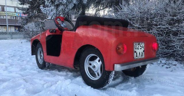 В Барнауле продают необычный детский автомобиль за 250 тыс. рублей