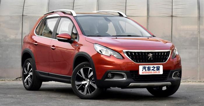 Обновленный кроссовер Peugeot 2008 вышел нарынок
