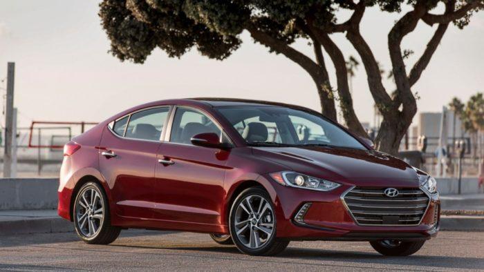 Hyundai Elantra стал лучшим автомобилем марки в прошлом году