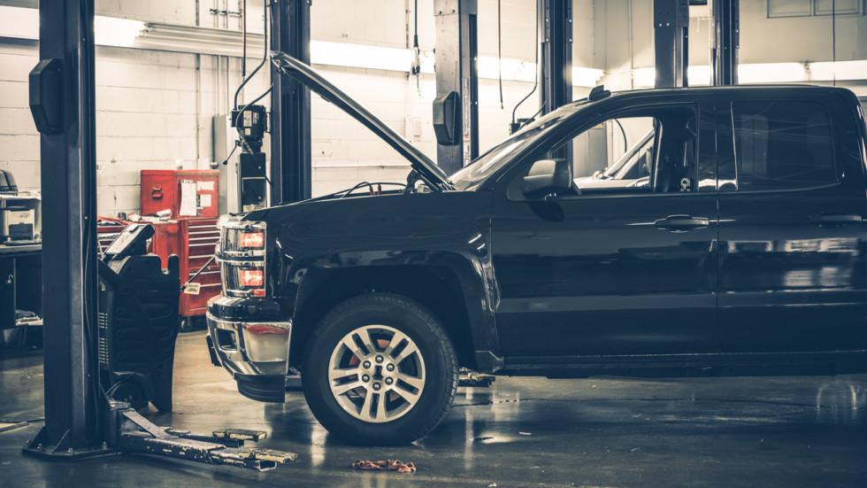 Страховщики могут больше не ремонтировать машины по ОСАГО