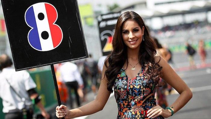 В Формуле 1 запретили грид-гёрлз