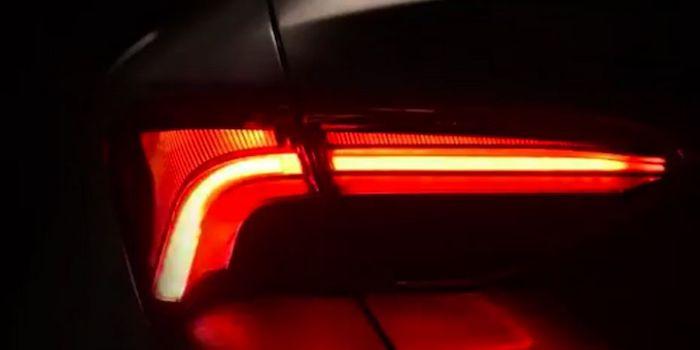 Тоёта обнародовала тизер седана Avalon обновленного поколения