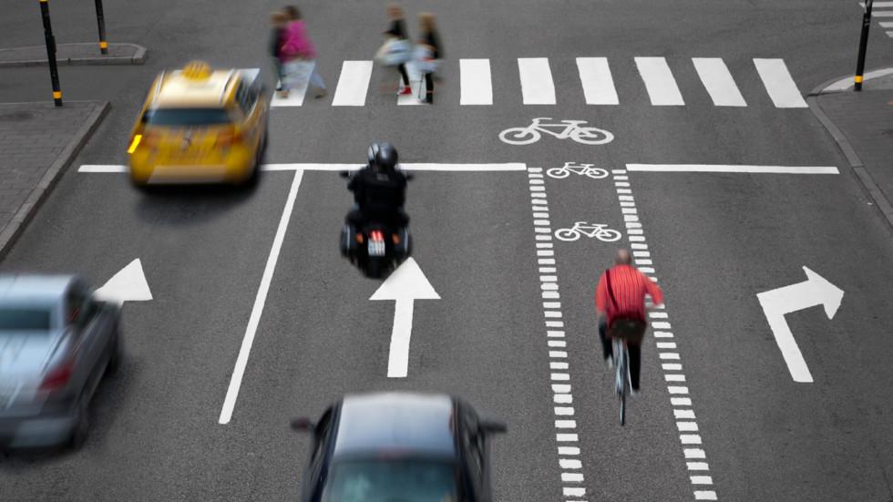 Очередной эксперимент по организации дорожного движения в Москве