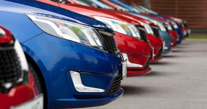 Продажи новых машин в России в марте выросли на 14