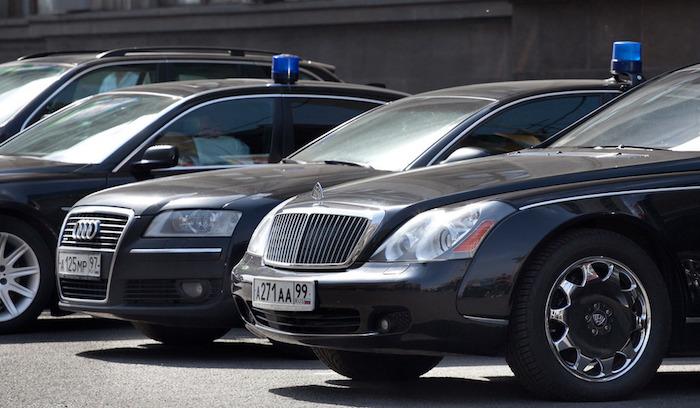 Каждый десятый автомобиль в Российской Федерации зарегистрирован наюрлицо
