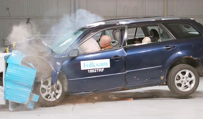 Краш-тесты ржавых VW Golf и Mazda6. Результаты оказались неожиданными