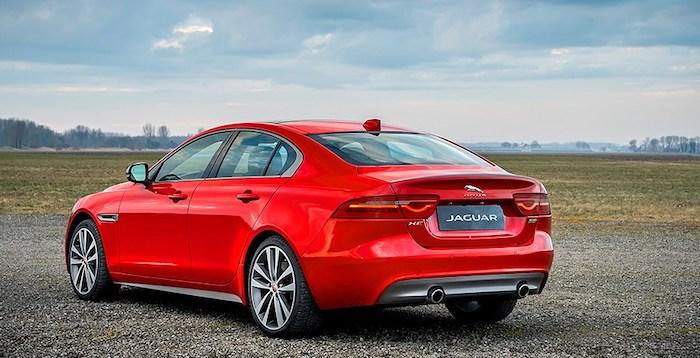 Jaguar XE и XF получили новую спортивную версию