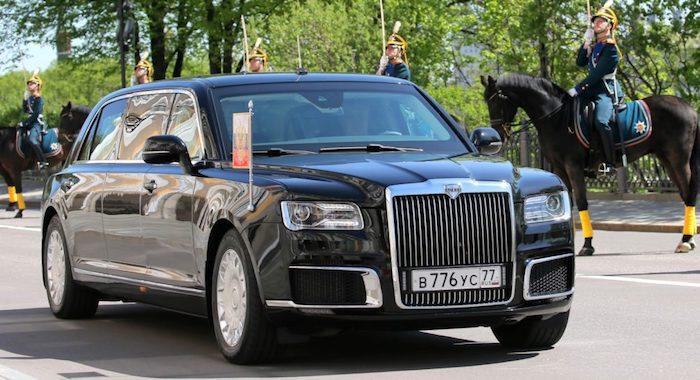 Наинаугурацию Путин приехал нановом лимузине