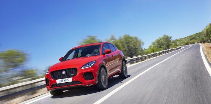 Jaguar представил обновленный кроссовер E-Pace