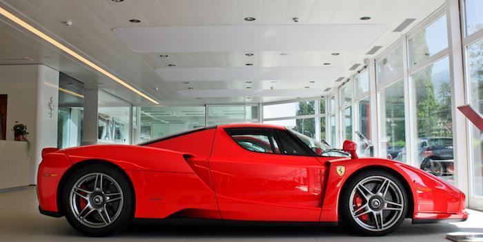 Суперкар Ferrari Enzo Михаэля Шумахера выставлен на торги