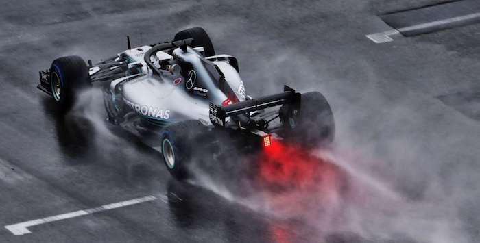 Хэмилтон одержал победу Гран-при Германии, Феттель иСироткин сошли сдистанции