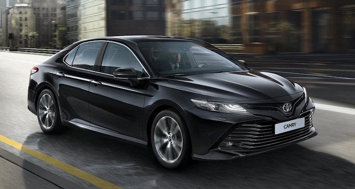 В России выросли цены на Toyota Camry, Prado и Hilux