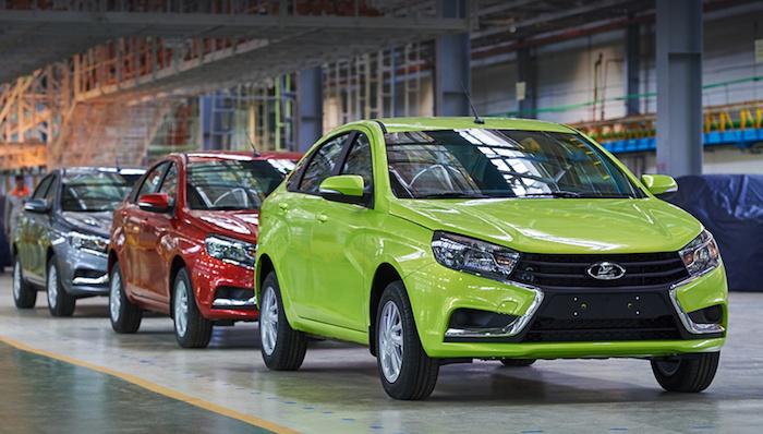 «АвтоВАЗ» поднимет цены на Lada Vesta и Lada Largus с 1 октября