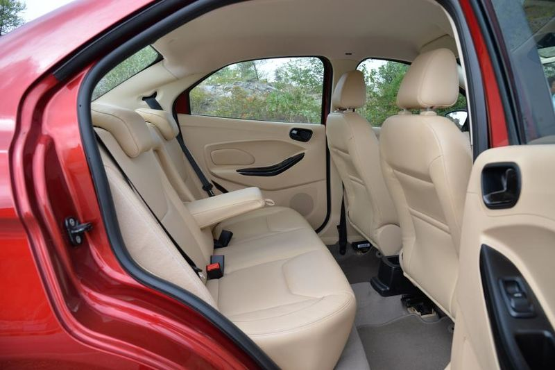 Компания Форд обновила бюджетный седан Aspire