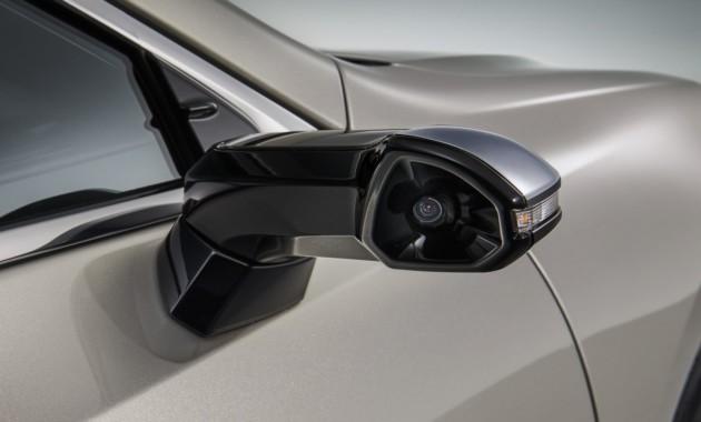 Lexus первым выпустит серийный автомобиль с камерами вместо зеркал