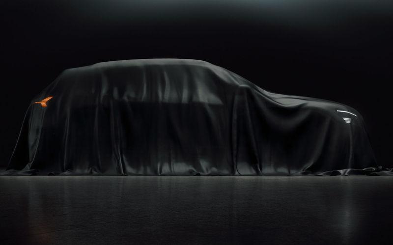 Опубликованы первые изображения Audi e-tron