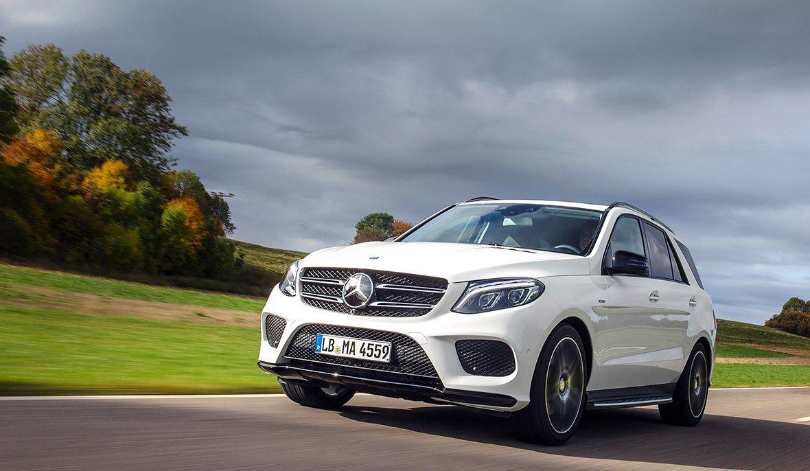 В сети появились новые изображения Mercedes-Benz GLE