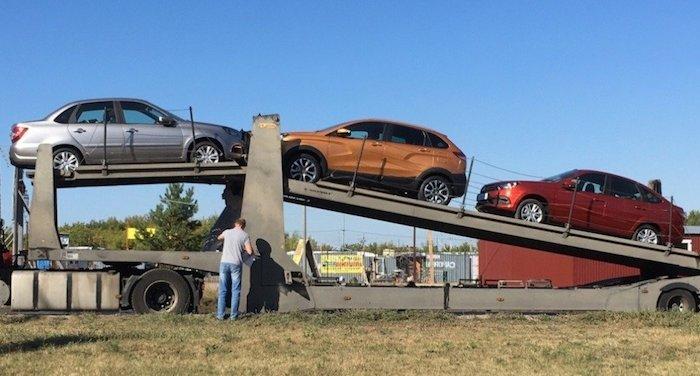 «АвтоВАЗ» начал отгрузку дилерам нового Lada XRay Cross