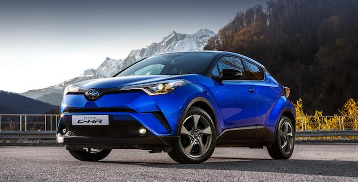 В России отзывают 400 кроссоверов Toyota C-HR