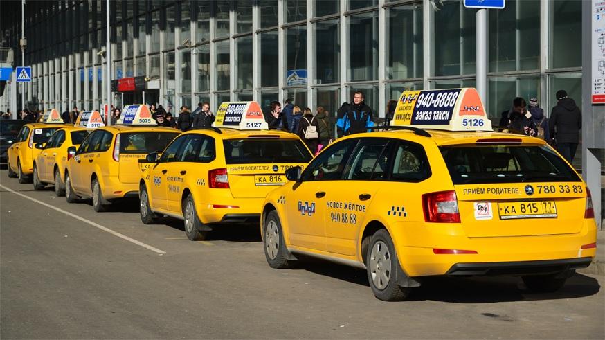 V taksi mogut poyavitsya videokameryi1