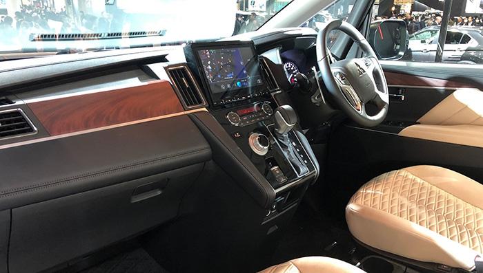 Mitsubishi представил супервнедорожную Delica D:5