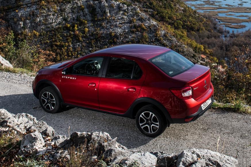 Renault gotovit k premere eshhyo odin vnedorozhnyiy Logan