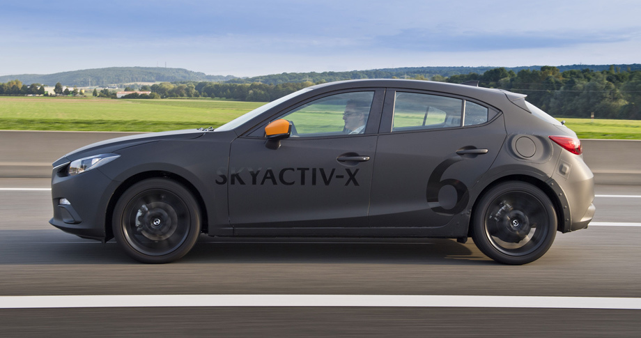 Mazda 3 s motorom SkyActiv X mozhet sushhestvenno podorozhat1