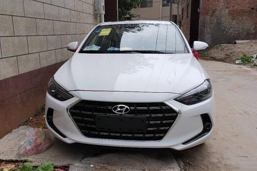 Hyundai Elantra poluchit novyj motor