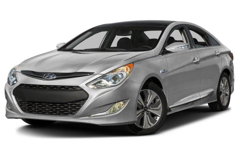 Hyundai Sonata Hybrid poluchit massu umnyh opczij