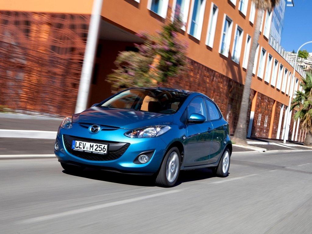 Osobennosti obnovlyonnogo avtomobilya Mazda 21