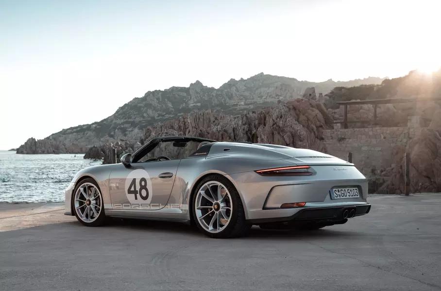 Porsche sobiraetsya vypustit seriyu vintazhnyh 911