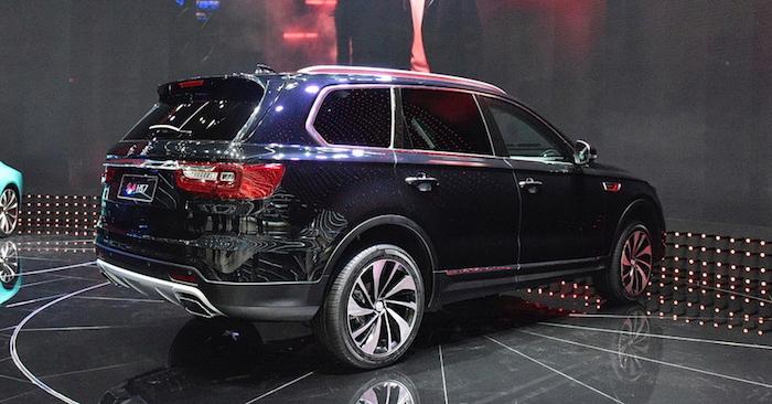 Премиальный вседорожный автомобиль набазе Тоёта Crown выходит в реализацию
