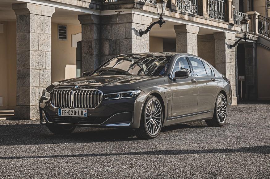 Avtomobil BMW 7 Series poluchit elektroversiyu
